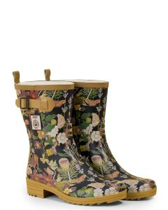 A short women's welly boot adorned with Kew Garden Print